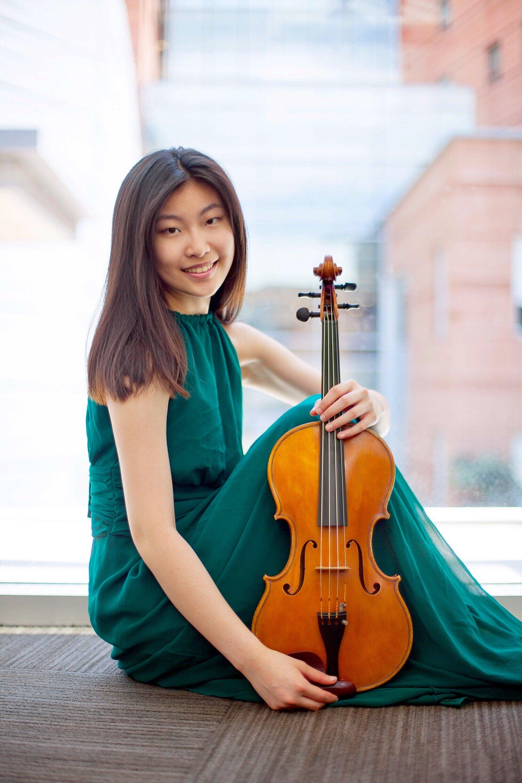 Hsuan-Min Chang, viola