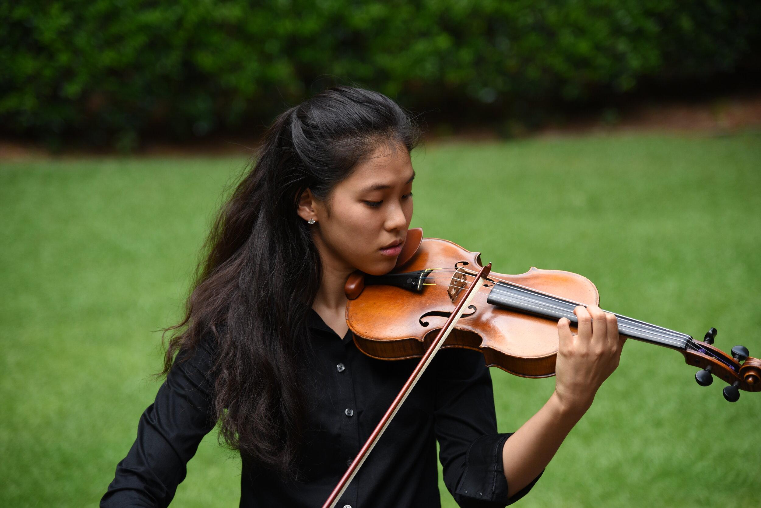 Hee Yeon Kim, violin