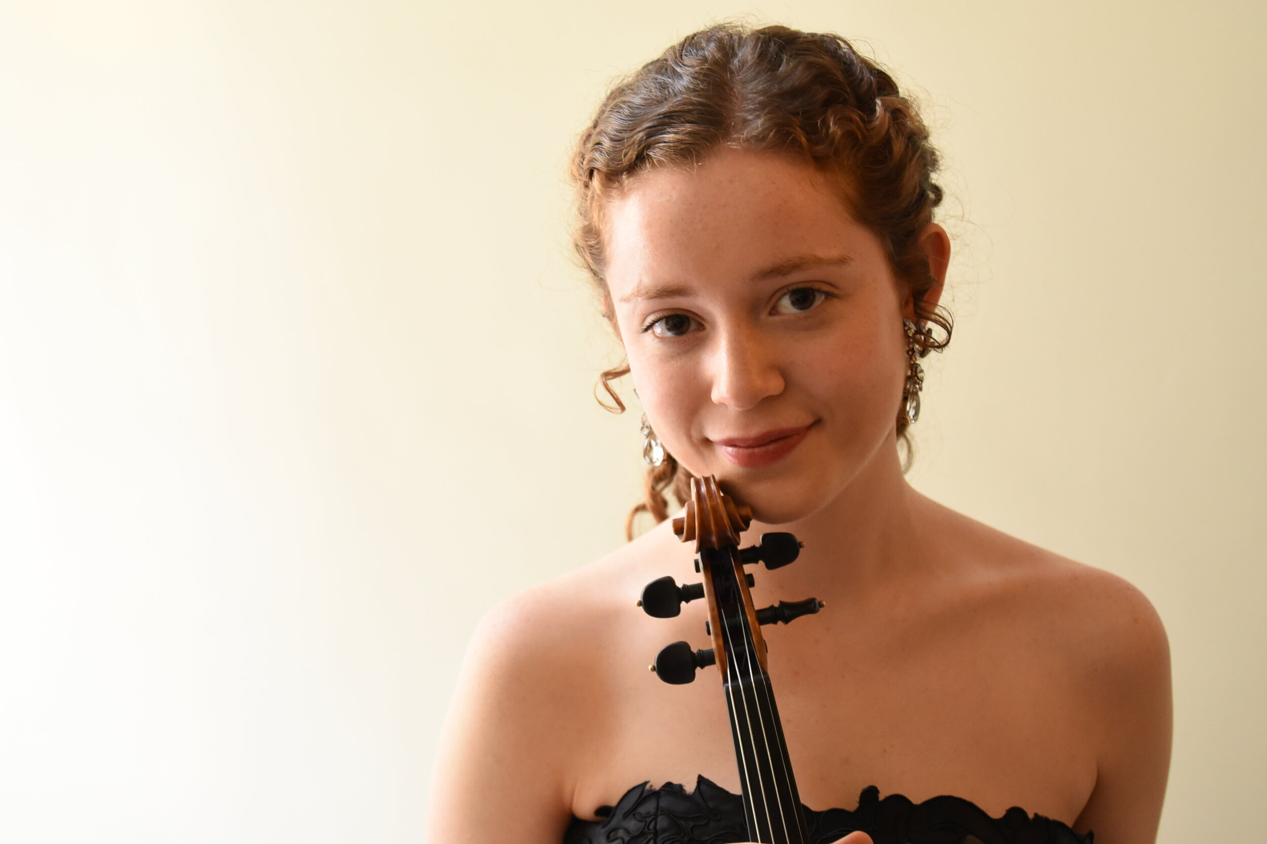 Maïthéna Girault, violin