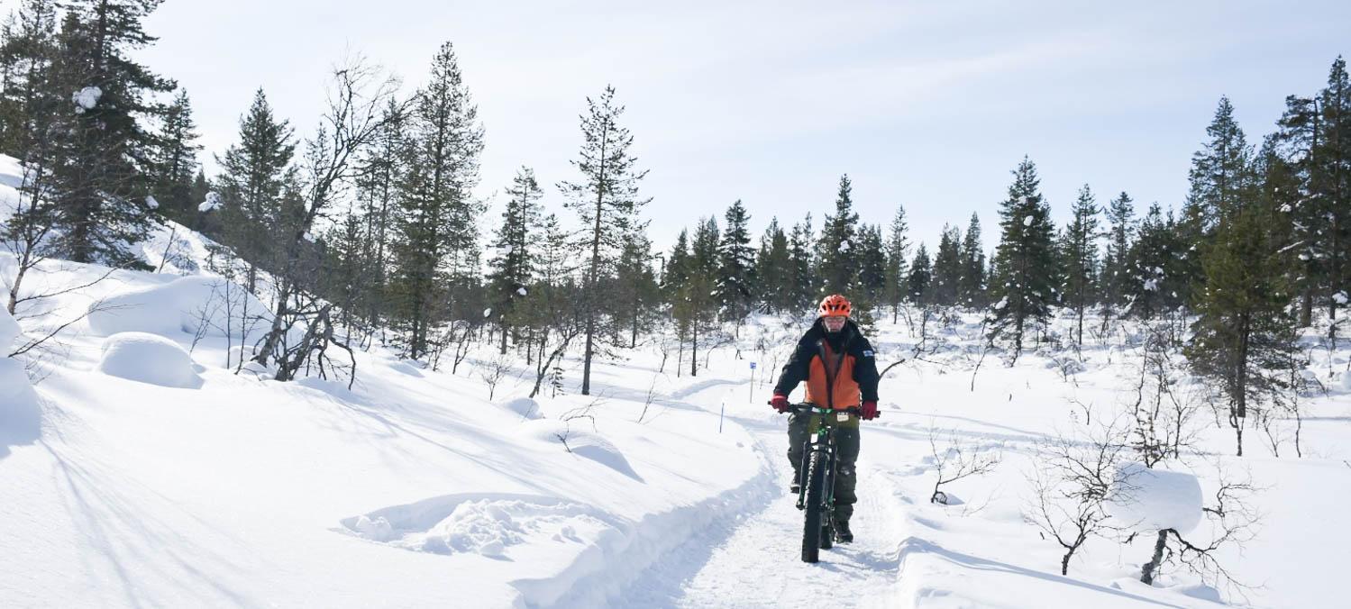 Talven pyöräreitti Kiilopään Latvakurulle.