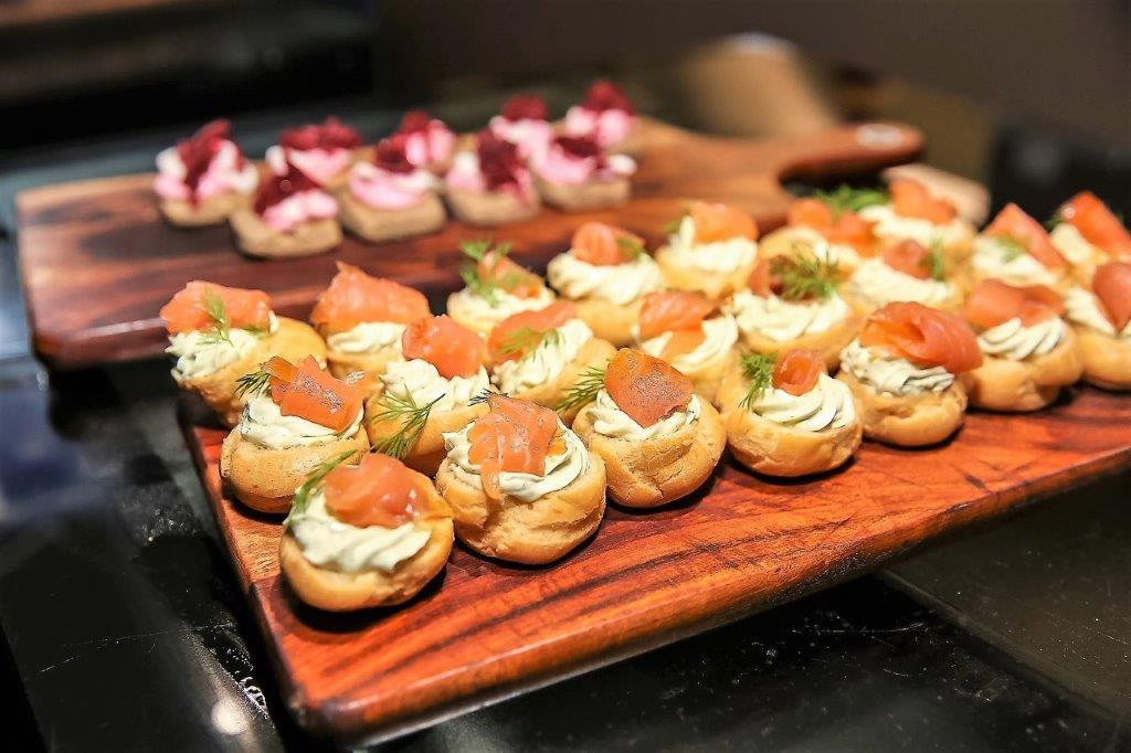 Canape, Grazing Tables& Platters -