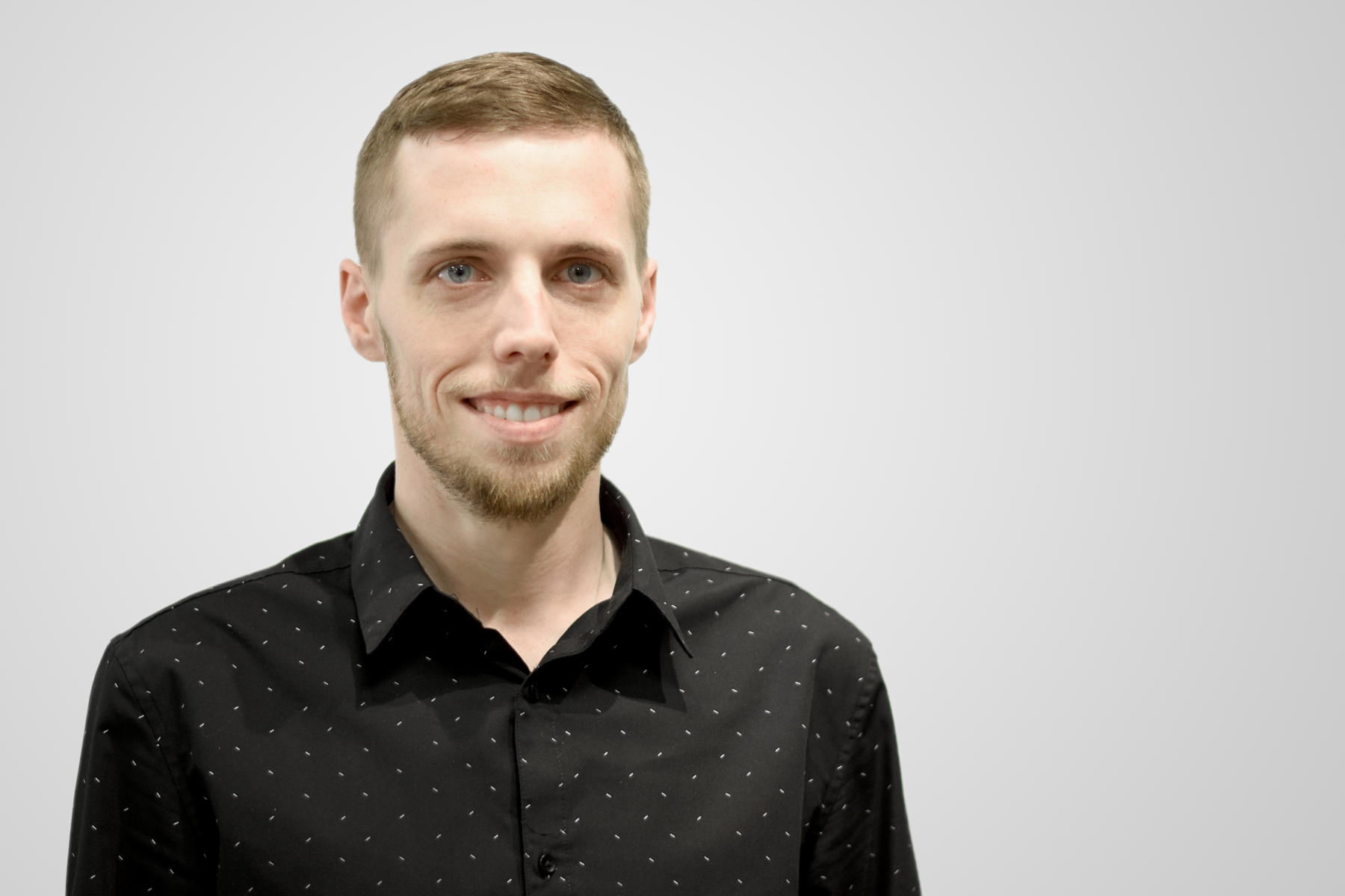 Derek Failor Manager/Front Desk   Joined the Artistic team in February of 2010. I have used AVEDA products my entire life and love them. I am proud to be a part of the Artistic team, which allows me to provide quality customer service and support the staff in any way I can.