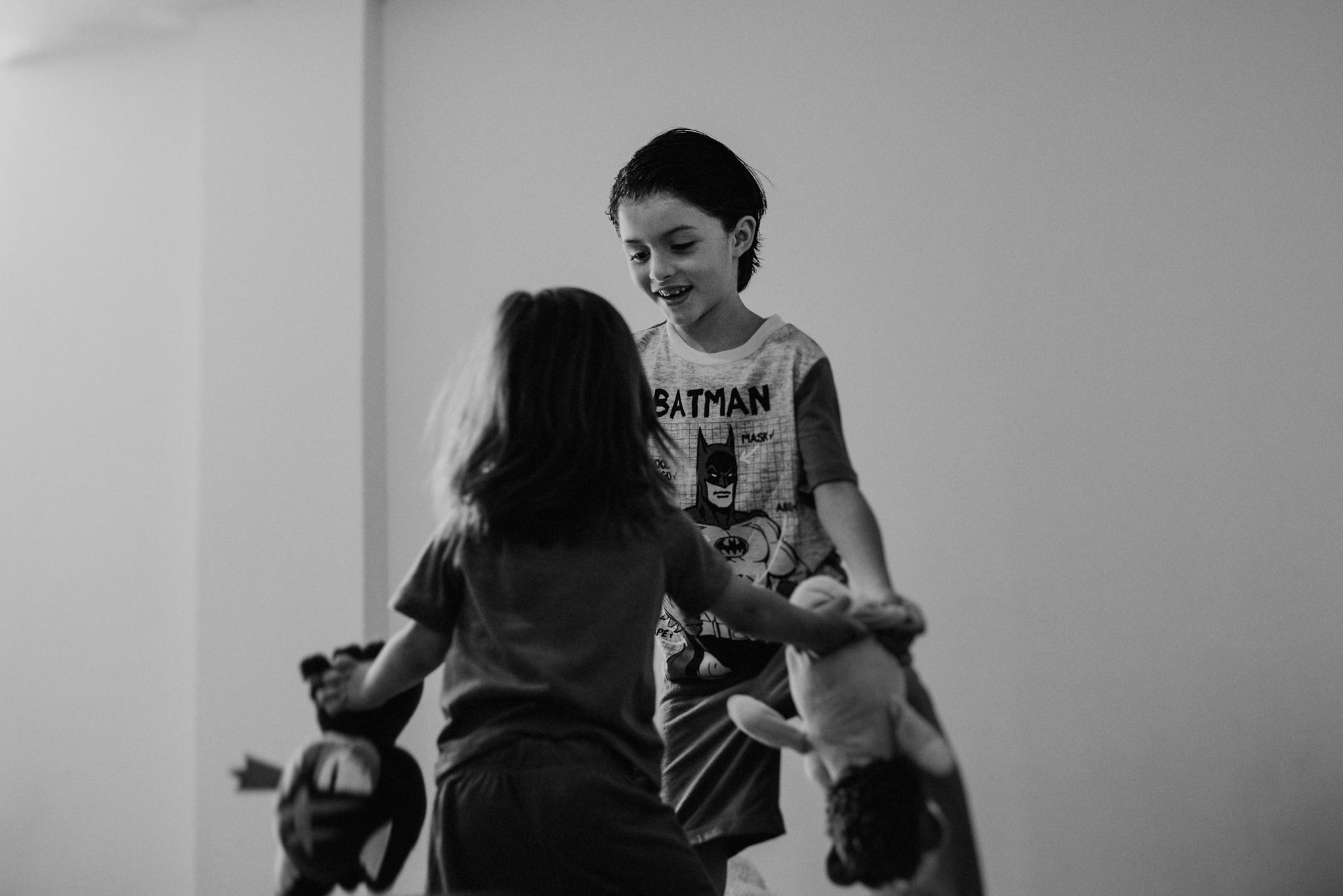 ANNA-SAUZA-FAMILY-SESSION-3-LITTLE-MONKEYS (3).jpg