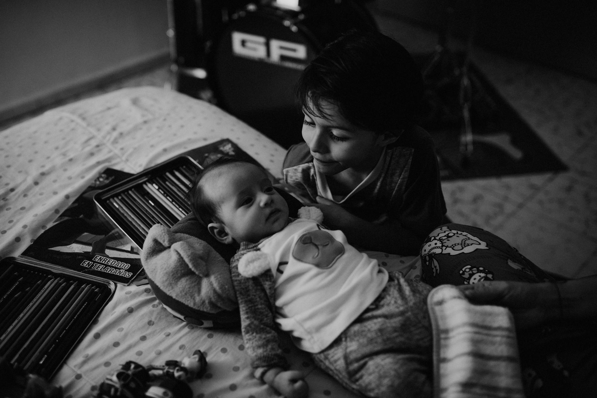 ANNA-SAUZA-FAMILY-SESSION-3-LITTLE-MONKEYS (61).jpg