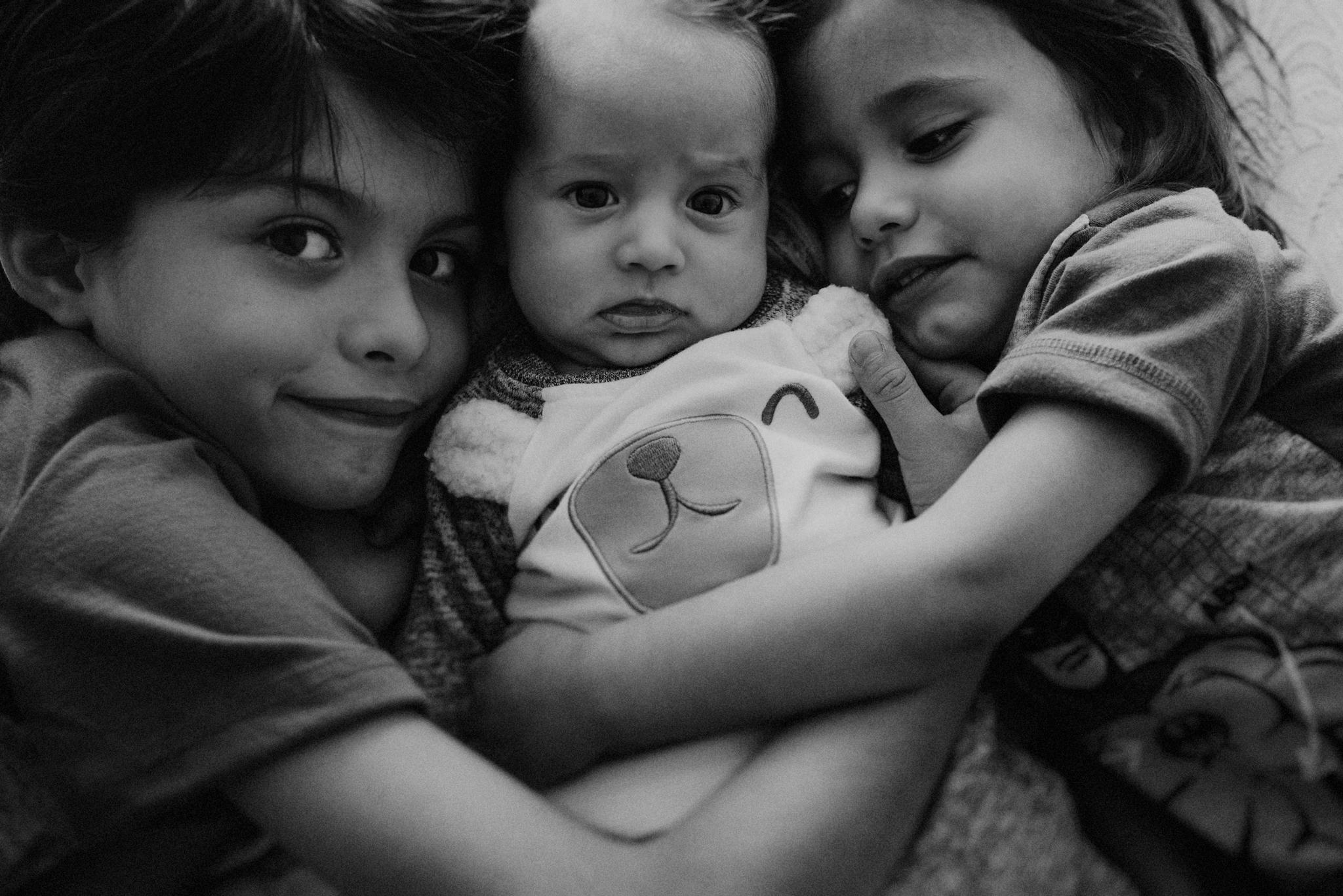 ANNA-SAUZA-FAMILY-SESSION-3-LITTLE-MONKEYS (76).jpg