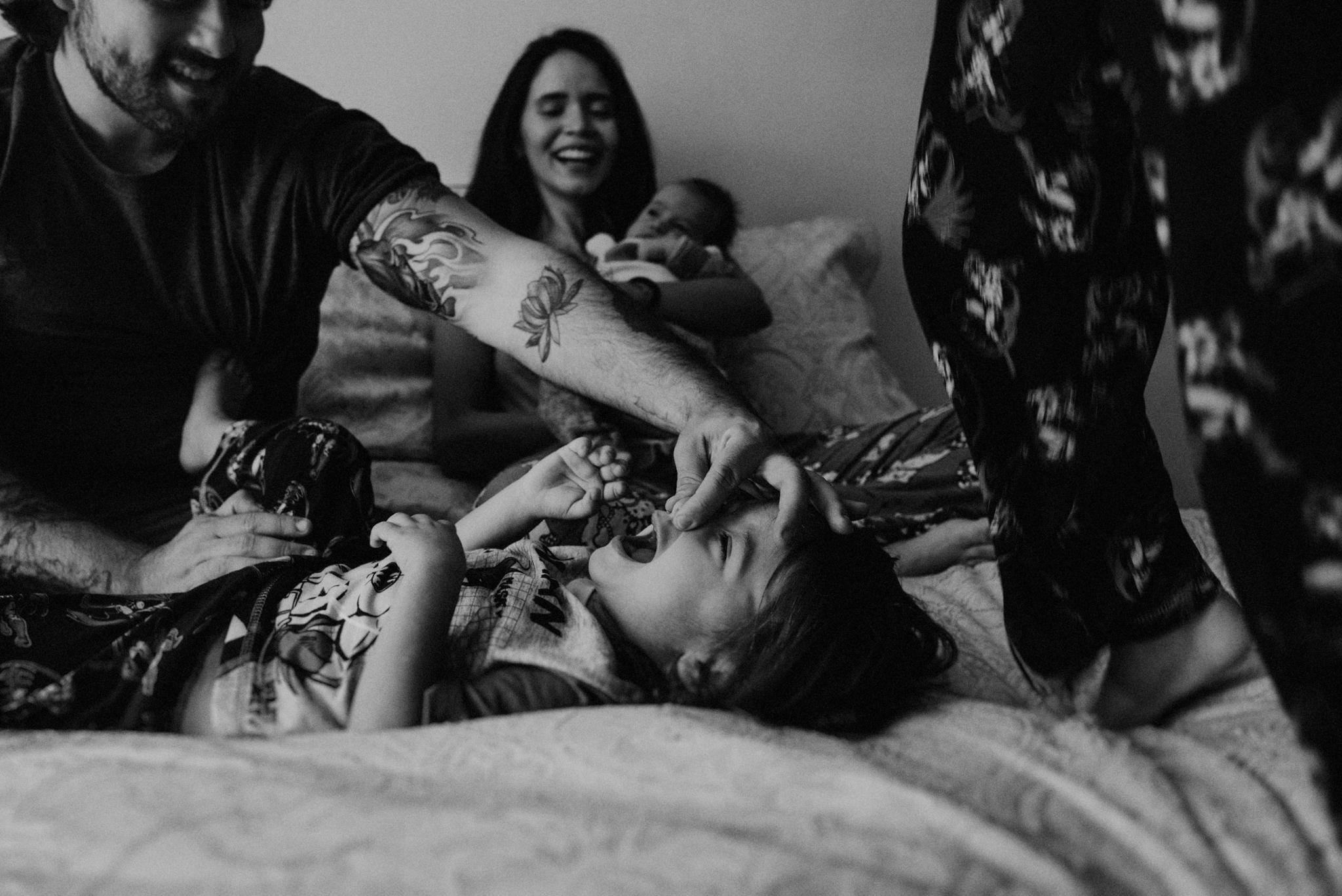 ANNA-SAUZA-FAMILY-SESSION-3-LITTLE-MONKEYS (142).jpg