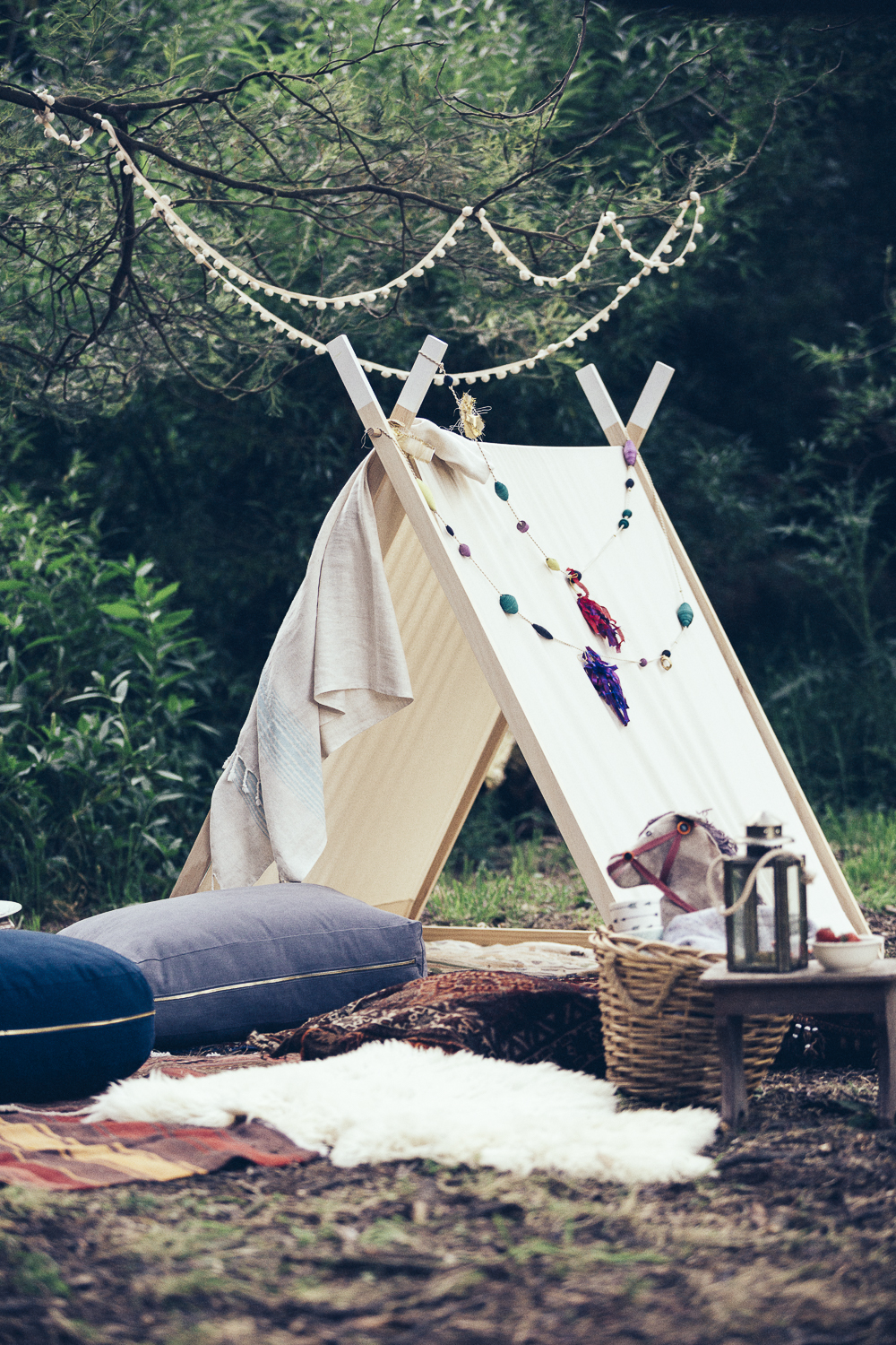 A Frame Tent by My Little Giggles as featured in Issue #2