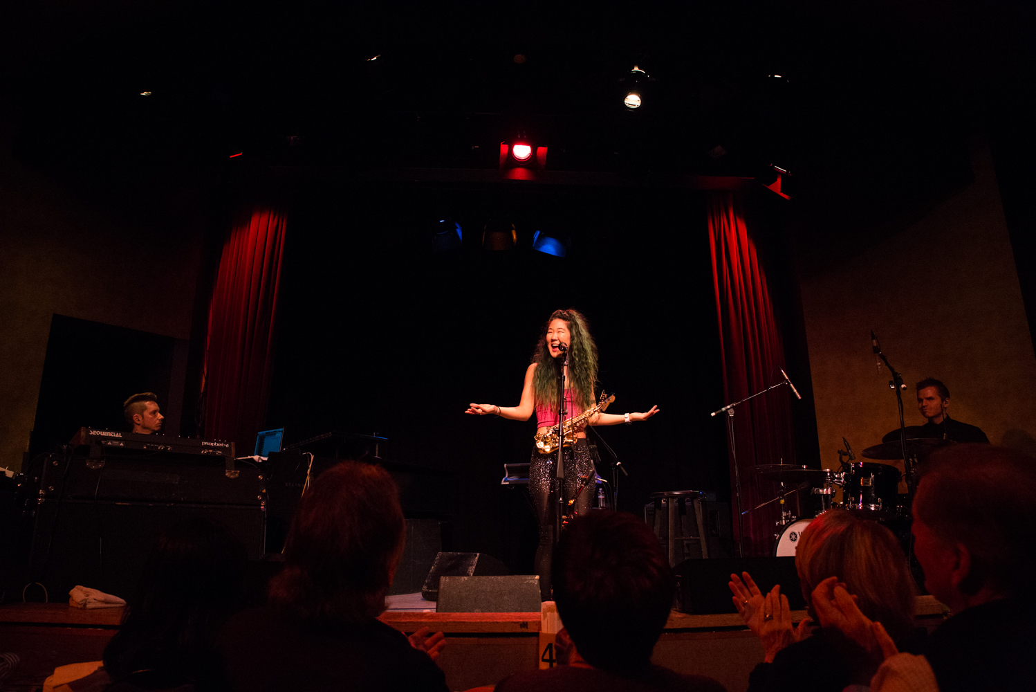 yoshis-oakland-music-show-grace-kelly-saxophone.jpg