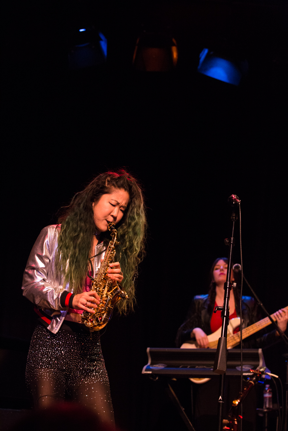 saxophone-player-yoshis-oakland-grace-kelly.jpg