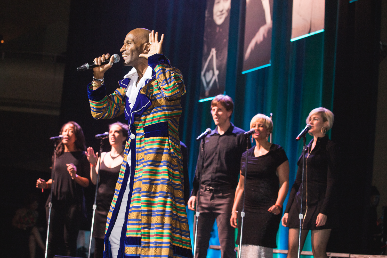 glide-gala-singer-sf-events.jpg