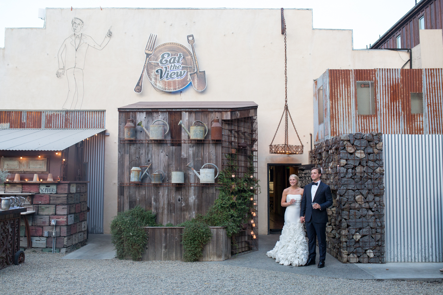 napawedding_sfweddingphotographer_napaweddingvenue_barndiva_sfbrideandgroom.jpg