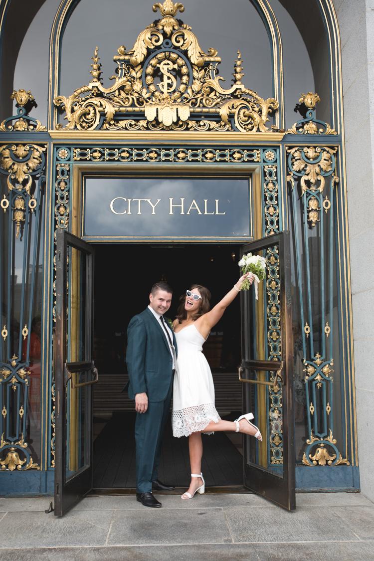 cityhallwedding_sfweddingphotography_sfbrideandgroom_weddingportraits_sfcityhallwedding.jpg