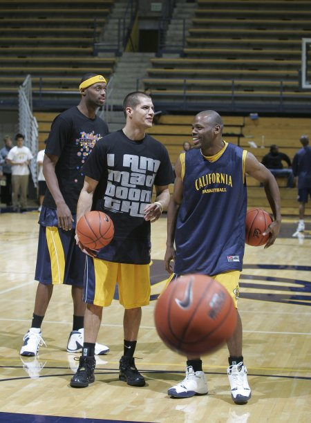 Rod Benson (2003-2006) discusses the game  with ???? and Patrick Armstrong