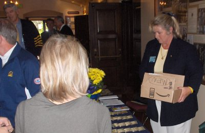 Lynn Lippstreu sorting name tags