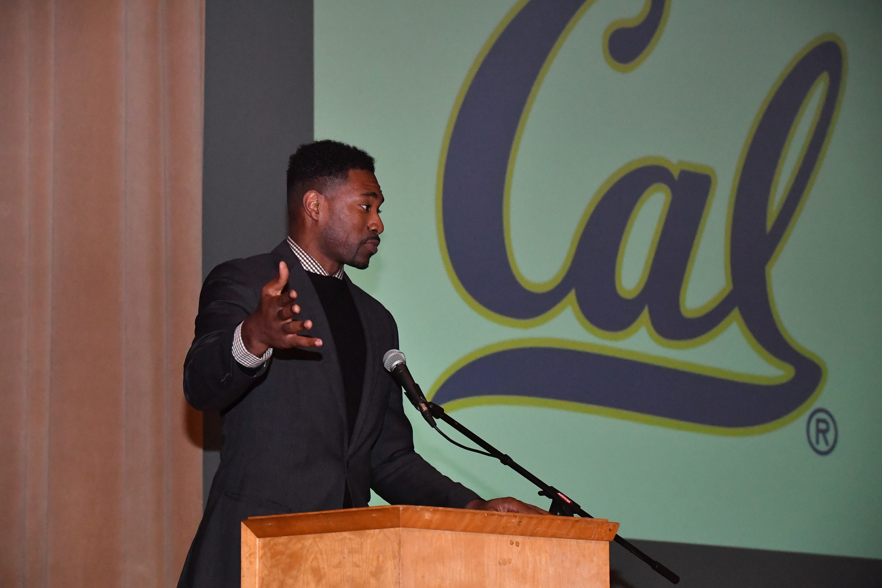 2018 Cal Hall of Fame ceremony _20181026_210324_MarcusE-(ZF-0861-35620-1-175).jpg