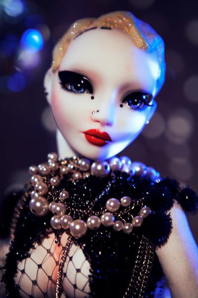 Brooke Candy - Pidgin doll