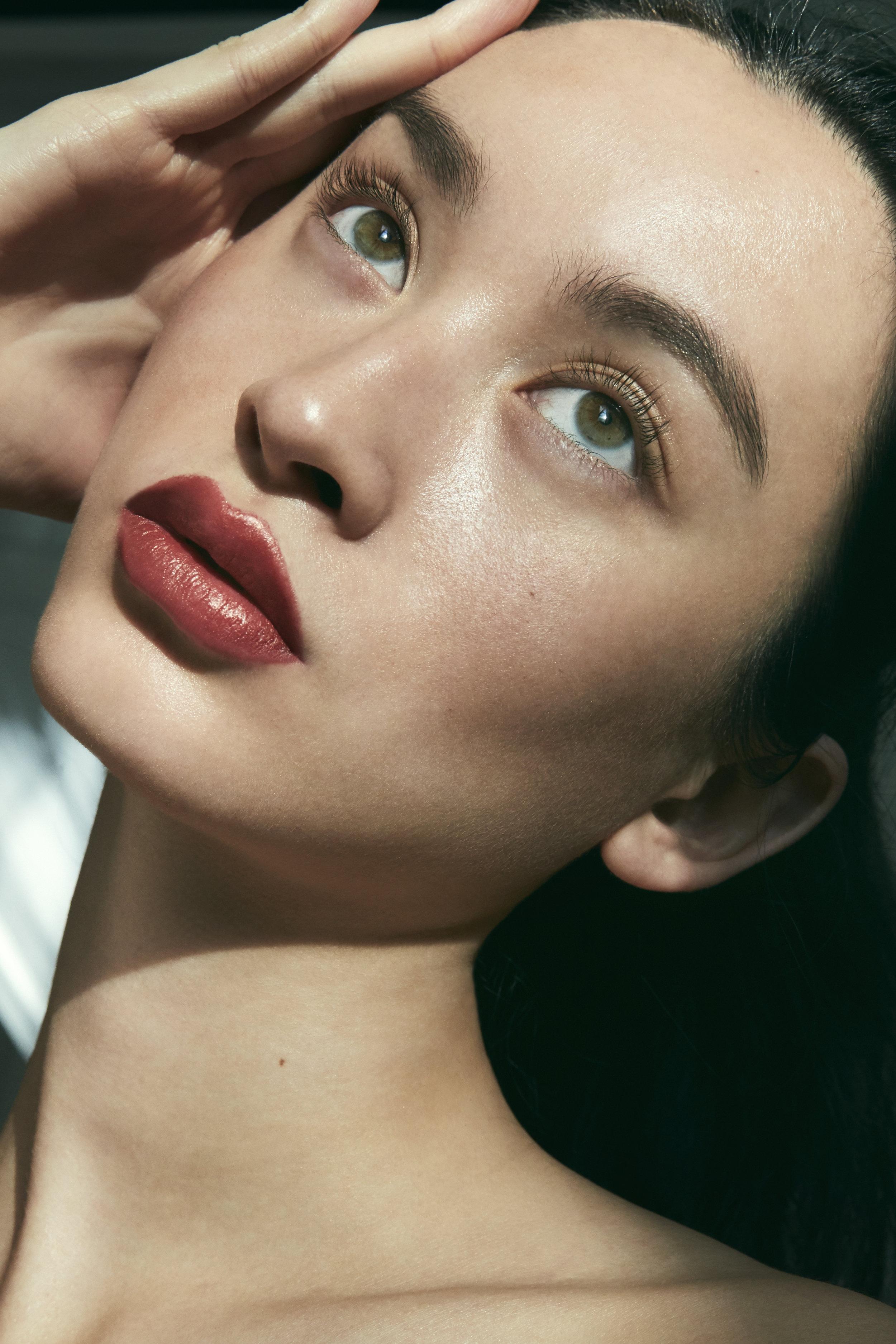 Model: Danielle Rendall