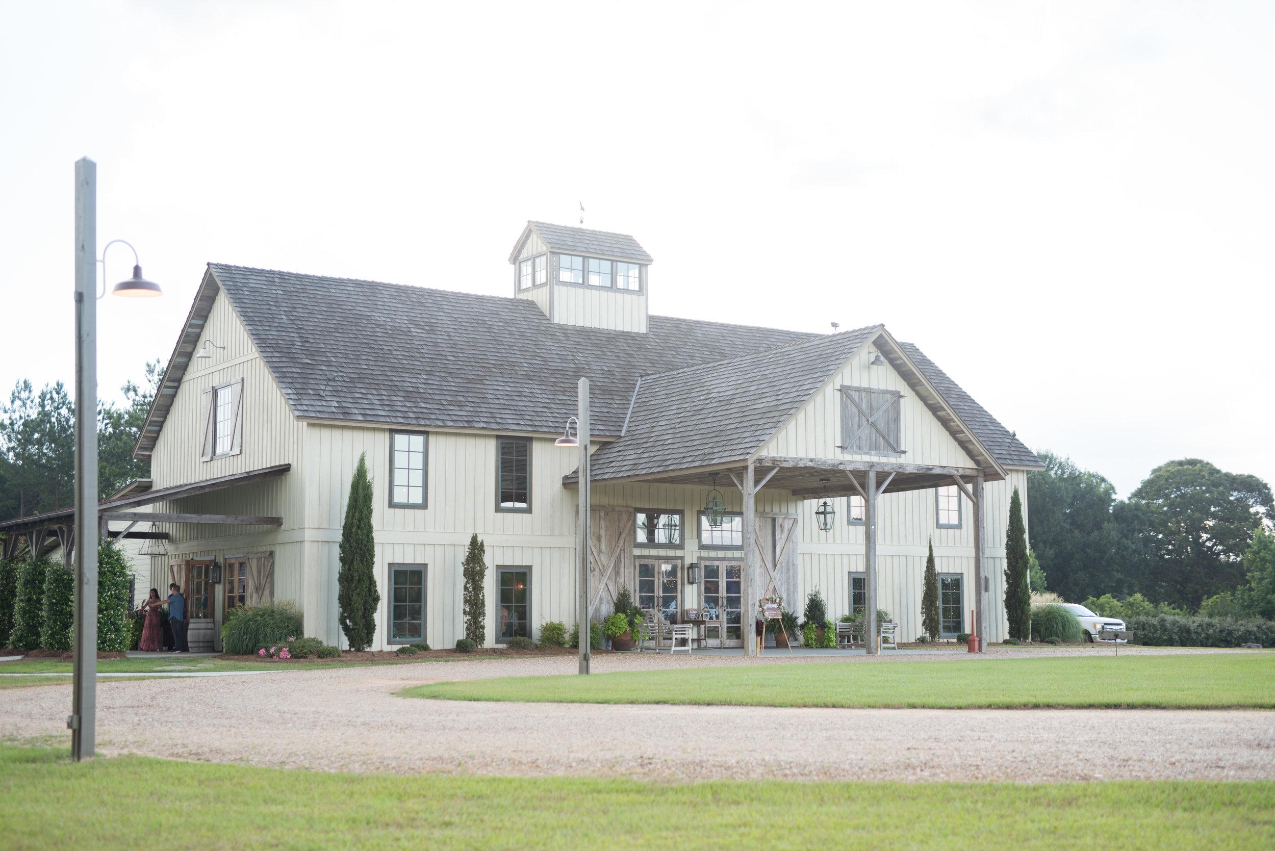 The Barn at Bridlewood wedding in Hattiesburg, Mississippi (MS) in June  Wedding  venue