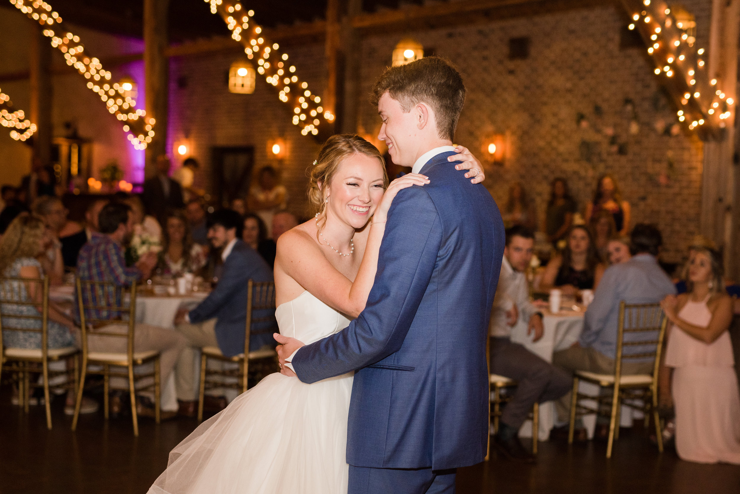 The Barn at Bridlewood wedding in Hattiesburg, Mississippi (MS) in June | Bride and Groom First Dance at the Wedding