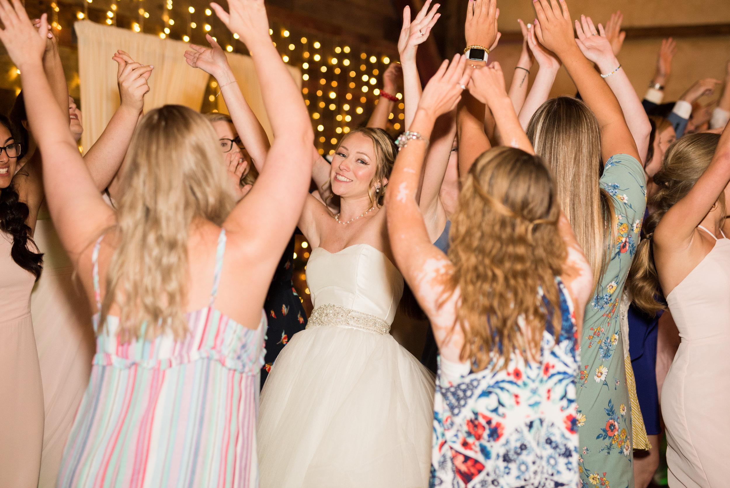 The Barn at Bridlewood wedding in Hattiesburg, Mississippi (MS) in June | Wedding Reception