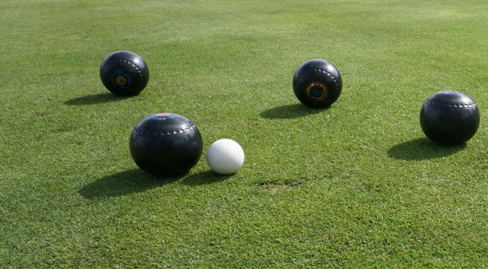 bowls-on-green.jpg