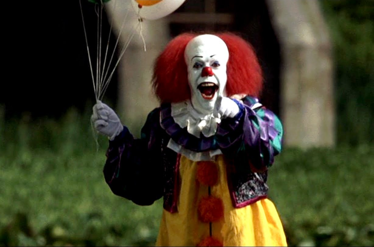 Beep Beep Richie Pennywise Tim Curry with red balloons