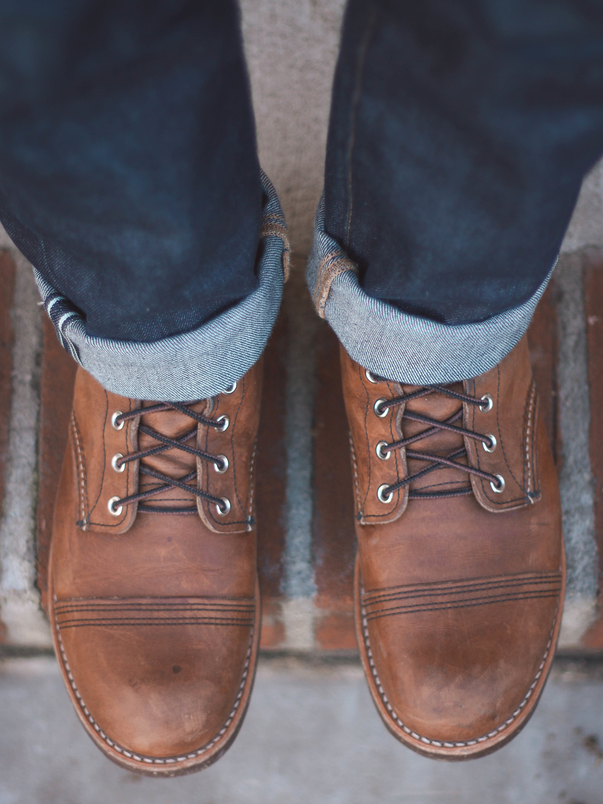 The eyelets remain roughly one inch apart when tied on these Red Wing Iron Rangers 8111.
