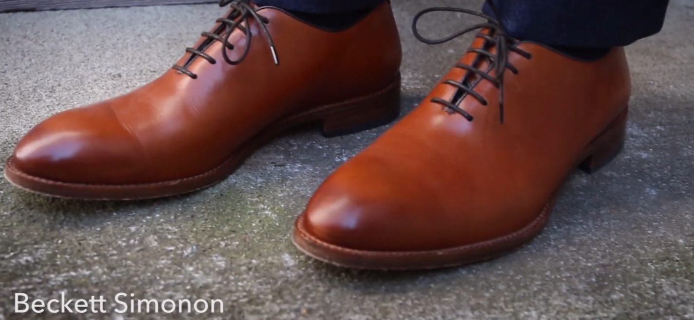 The Valencia whole cut oxford from Beckett Simonon in a vibrant tan color. Love the fit on this pair. Not to wide but roomy enough to wiggle toes