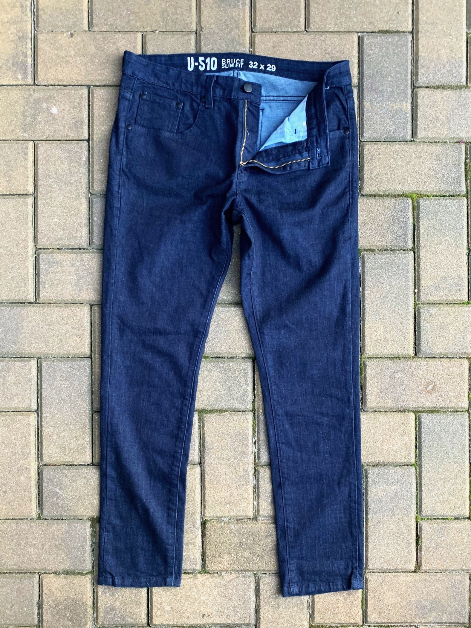The richness of the indigo color on this jean is vivid and vibrant