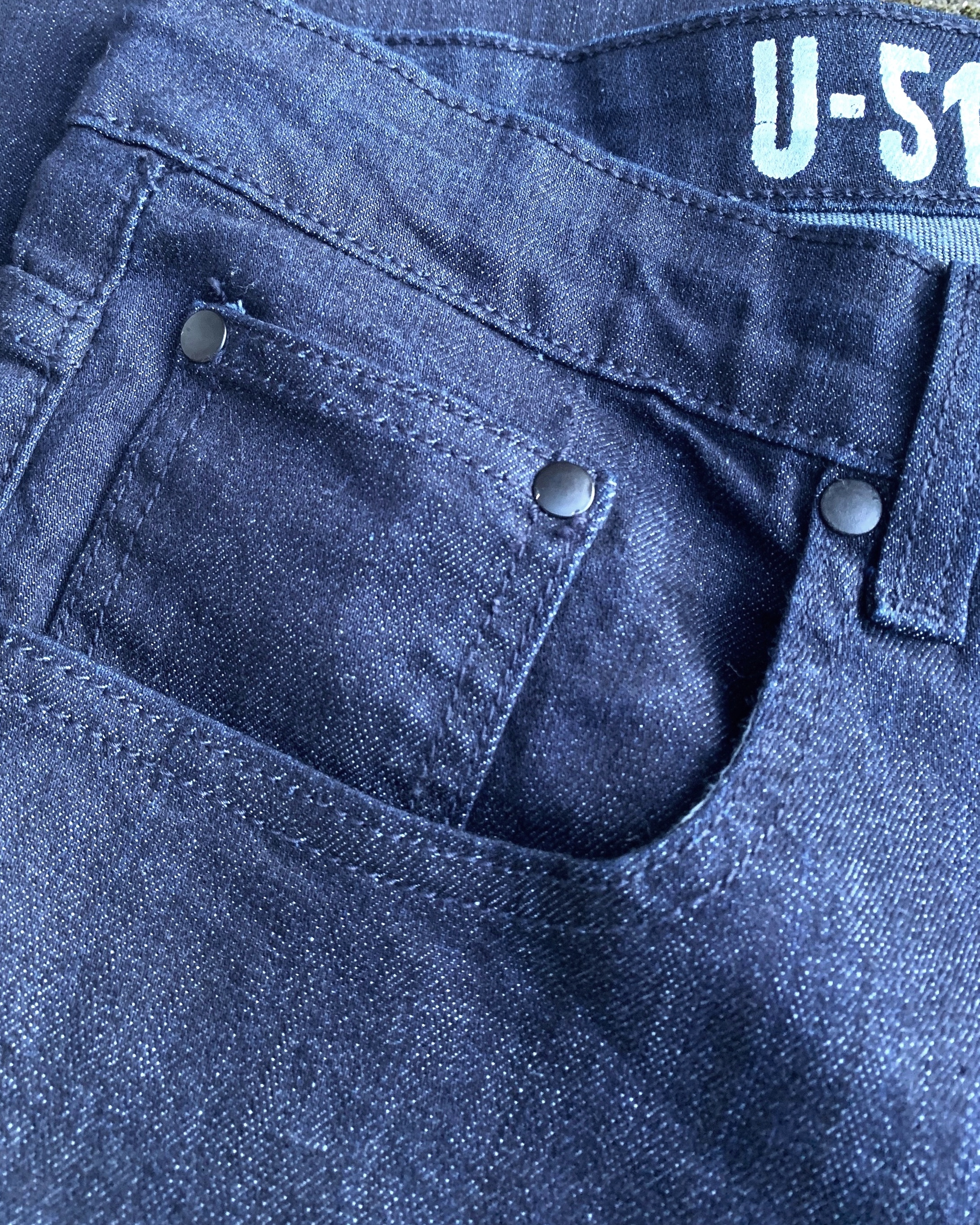 An up close view of the cone denim fabric - the gorgeous indigo hue should only get more beautiful as they fade in a similar way to most raw selvedge denim out there