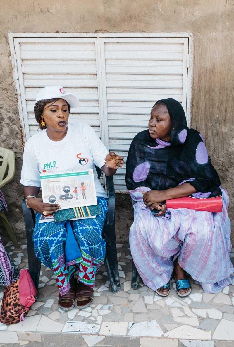 two women senegal teaching