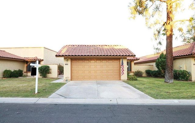 Beautiful home in Ahwatukee retirement area. Bright and open with plantation shutters throughout. Warm fireplace across from the formal dining area. Covered patio in the back, enlarged patio area with flagstone and pavers on the side of the property. Lots of opportunities for relaxing outdoor living.  Call me for showings, 480-250-0023. Katie Halle Lambert with @TeamEvoAZatRevelationRealEstate  #Ahwatukee #AhwatukeeFoothills#Ahwatukee411 #AhwatukeeMom#PhoenixMom #AhwatukeeRealEstate Linkin.bio