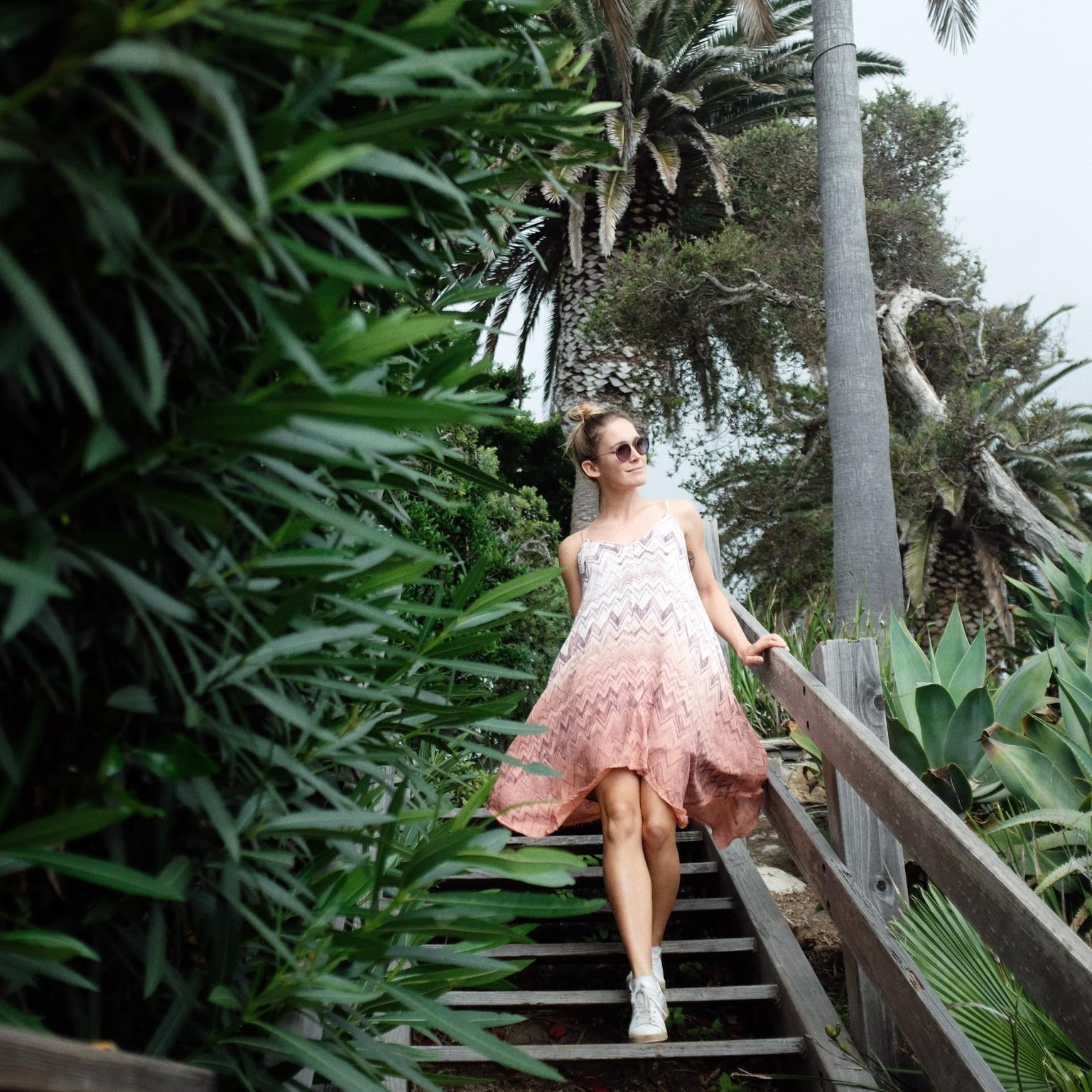 BOTTOMS & Dresses -