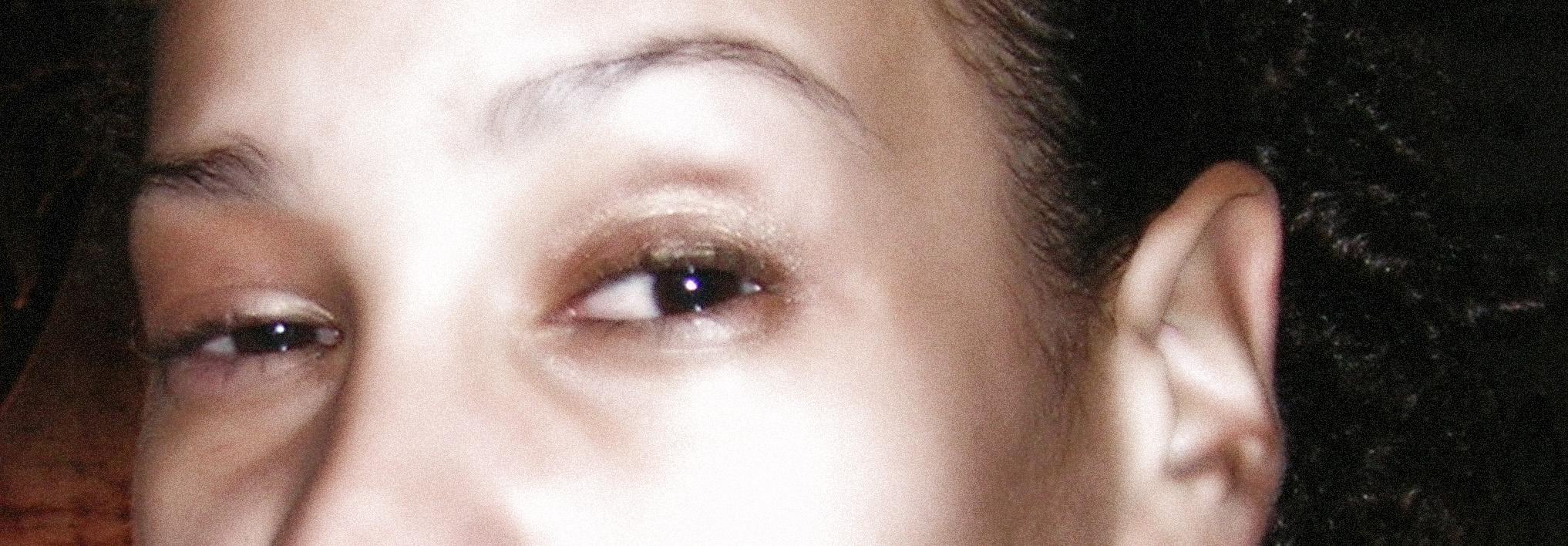 eyesglow.jpg
