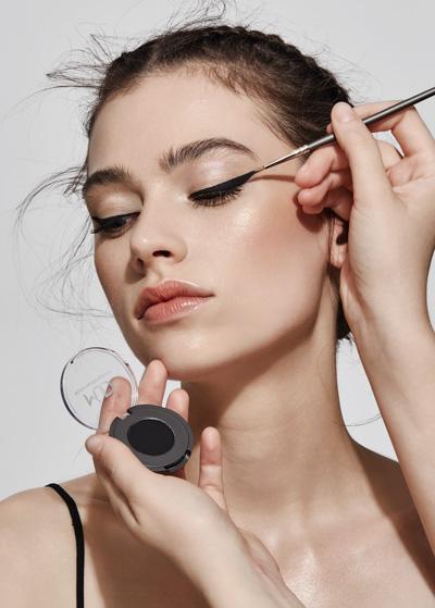eyeliner workshop.jpeg
