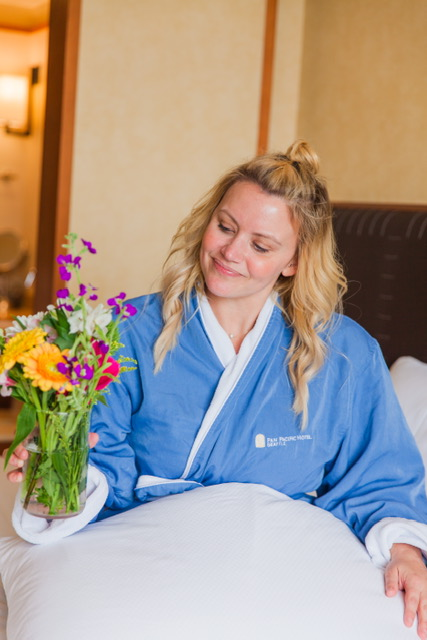 Cozying up to these beautiful flowers! Such a comfortable robe :)