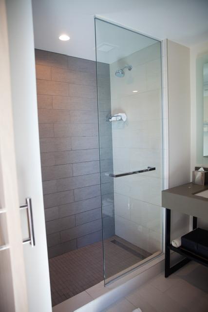 Modern luxury bathroom :)