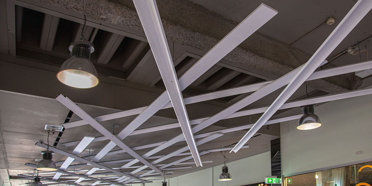 Suspended ceiling assembly