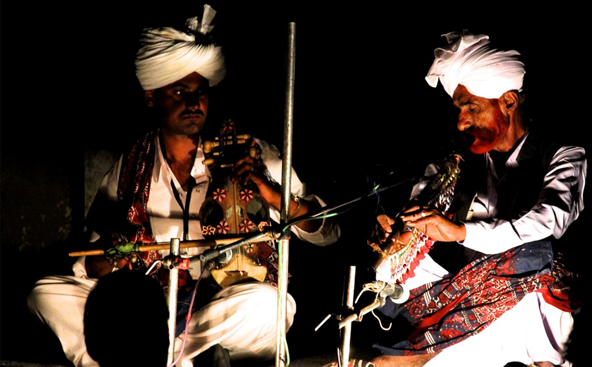Image 4 - Musicians on Nad and Surinda.jpg