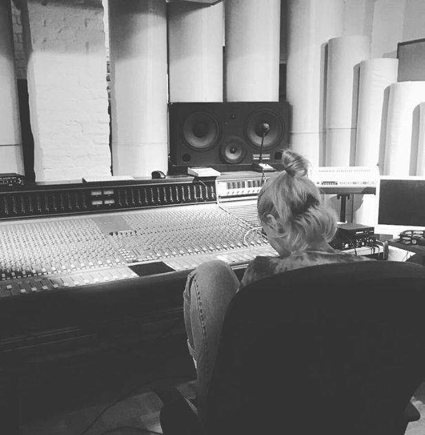 jane studio .png