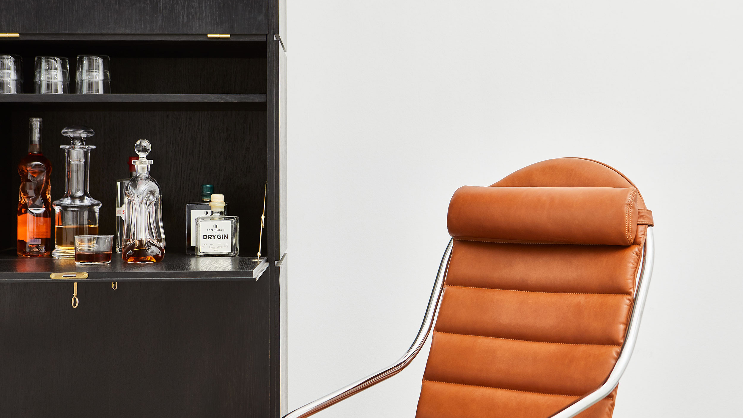 ph-furniture-lifestyle_035-web-16.jpg