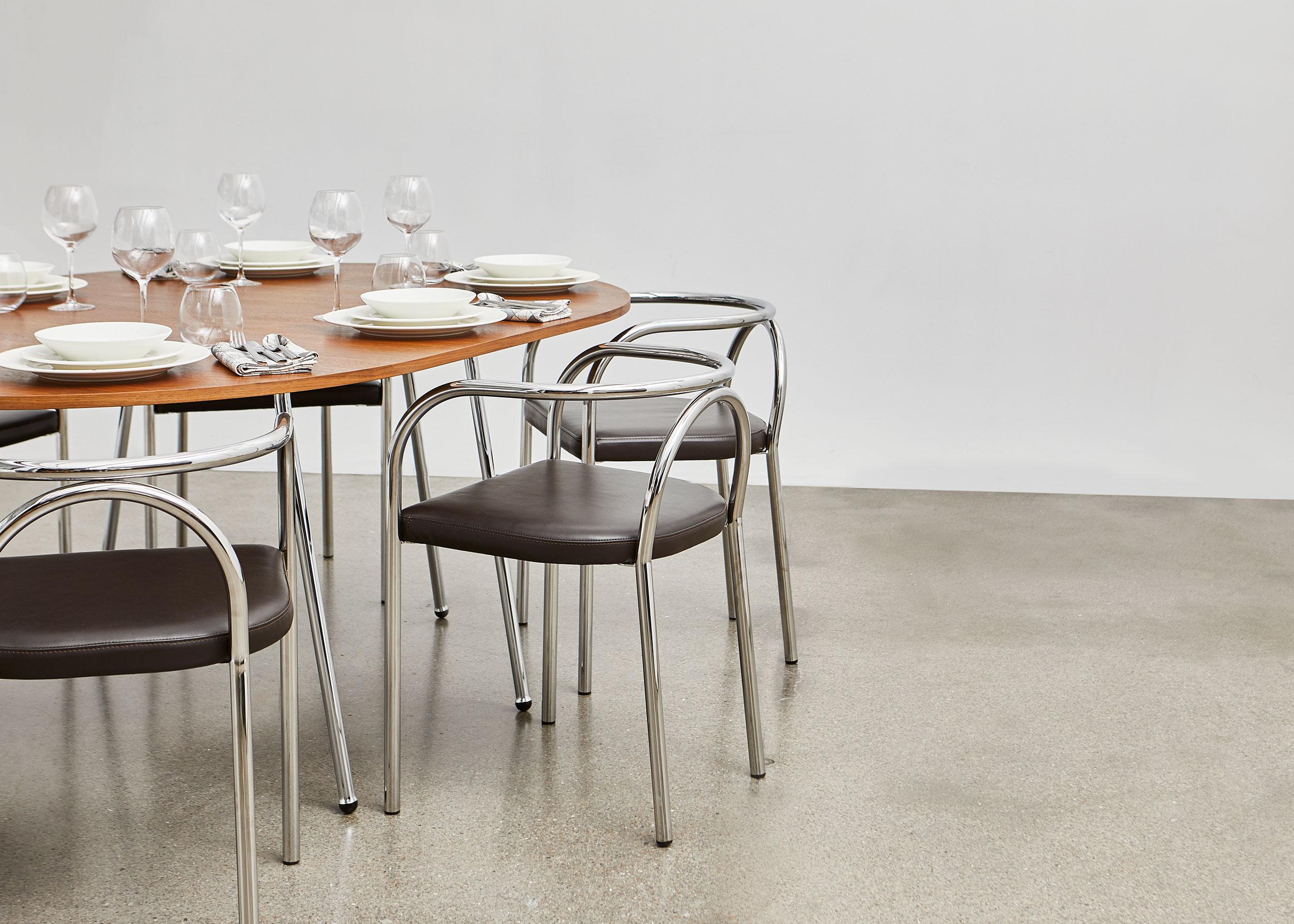 ph-furniture-lifestyle_06-web.jpg