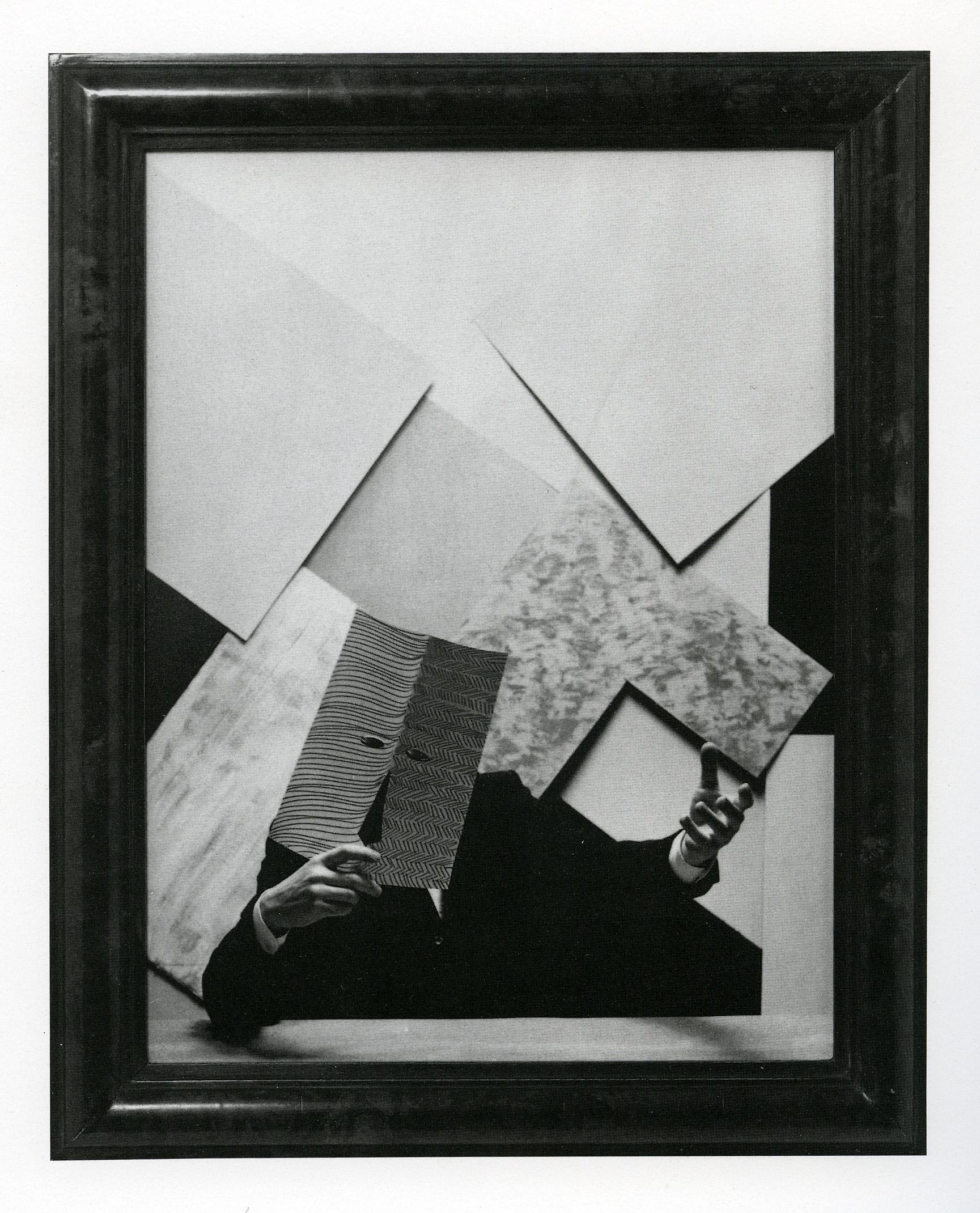 Jan Vercruysse,  Portret Van De Kunstenaar Door Hemzelf (XIV) , 1984, stampa fotolitografica su carta, 70 x 57 cm con cornice, courtesy Tucci Russo Studio per l'Arte Contemporanea, Torre Pellice / Torino