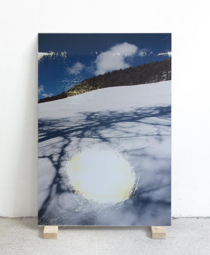 Laura Pugno,  Moto per luogo 02 , 2018, stampa fotografica abrasa su alluminio,  90 x 60 cm, courtesy Alberto Peola Arte Contemporanea