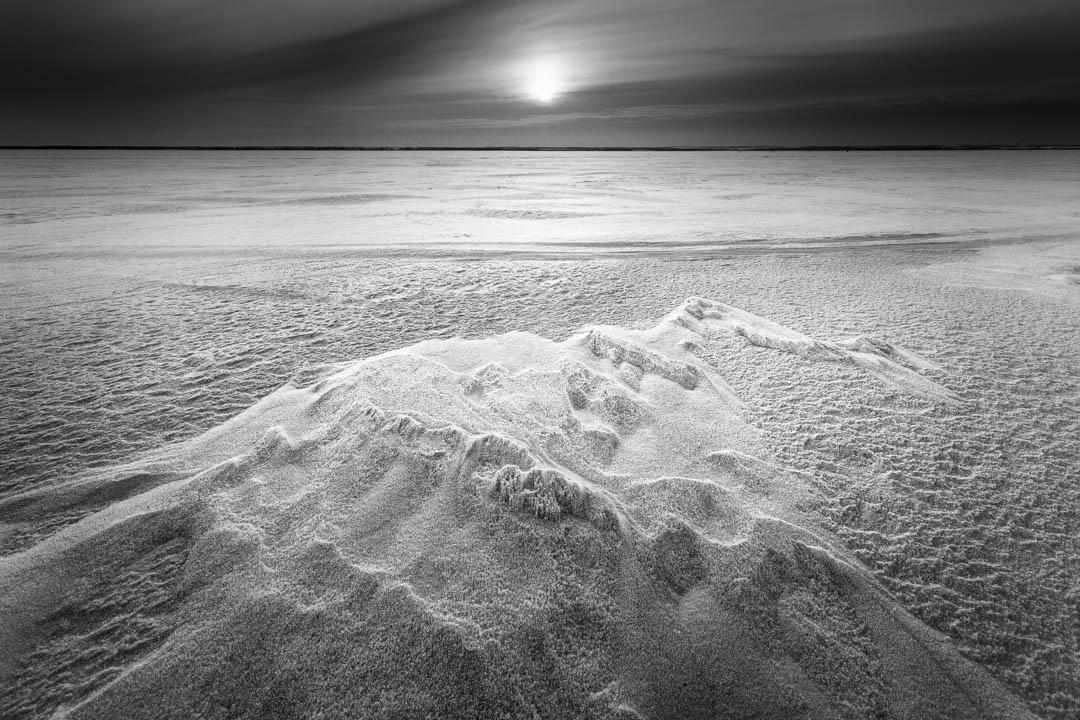 Tonino Mosconi,  Northern Light , 2018, stampa su carta Hahnemuehle Museum Etching, Photo Rag Bright White, Torchon, FineArt Baryta, 60 x 80 cm, courtesy Ivan Arcella / Tonino Mosconi