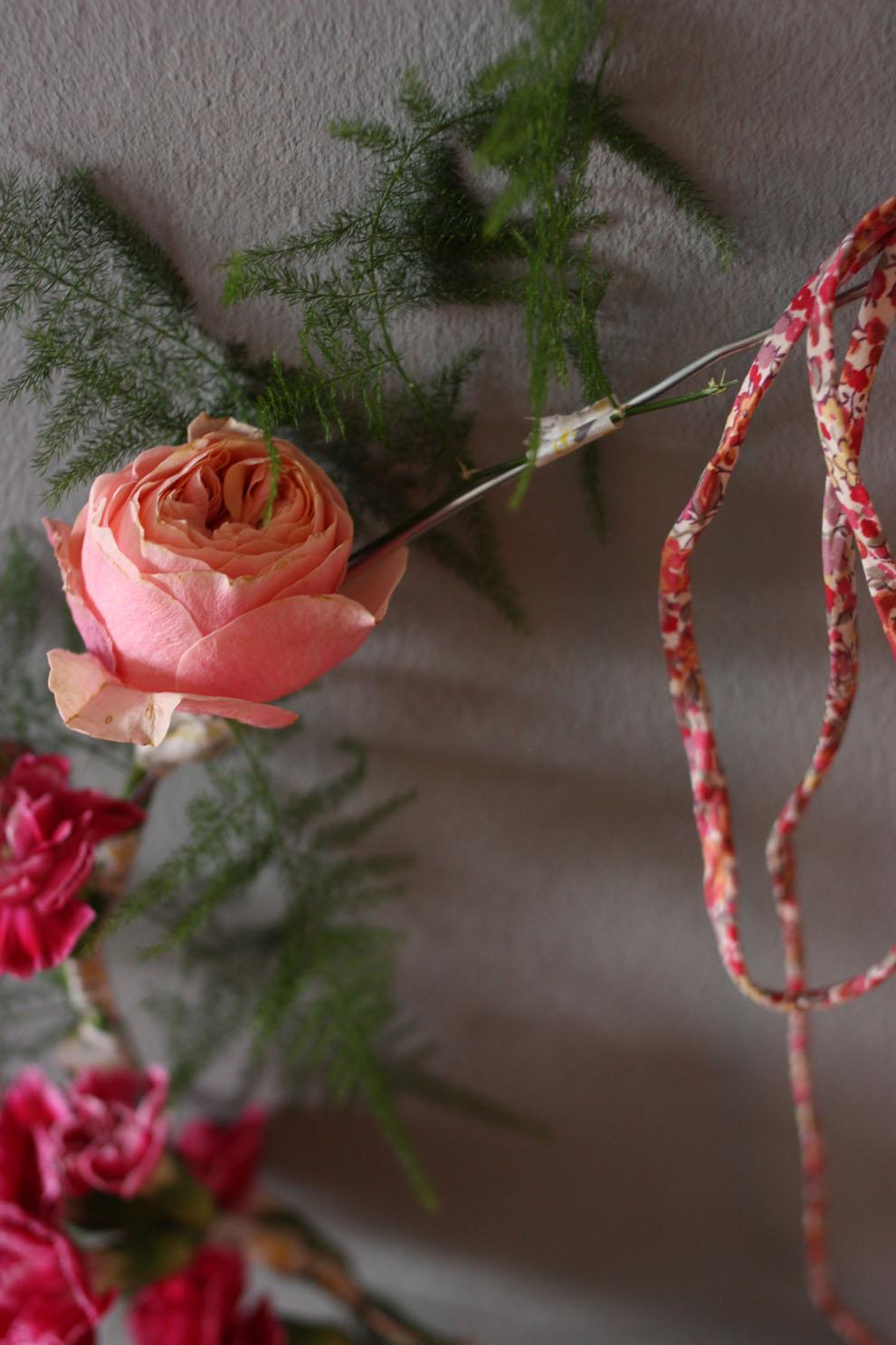 Flower_crown_by_madame-love_detail.jpg