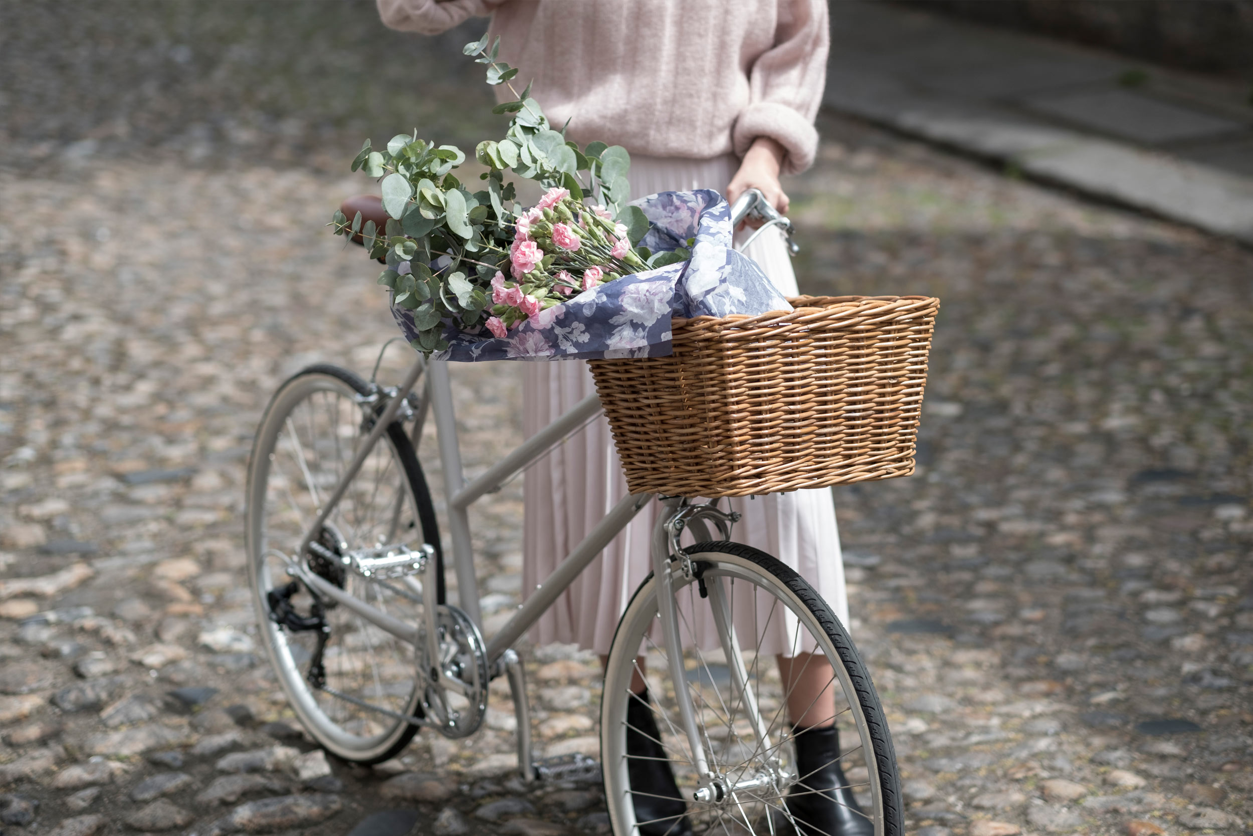 tokyobike-London-Fiona-Burrage-Bike-Norwich-Photographer-Pink-Flowers.jpg
