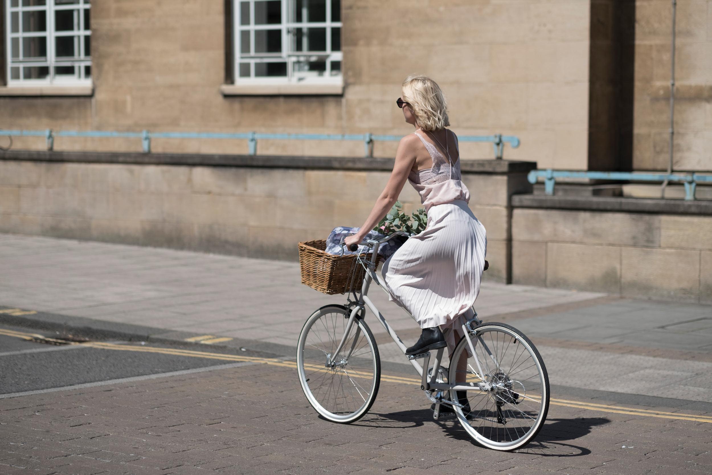 tokyobike-London-Norwich-Fiona-Burrage-Bike-County-Hall.jpg
