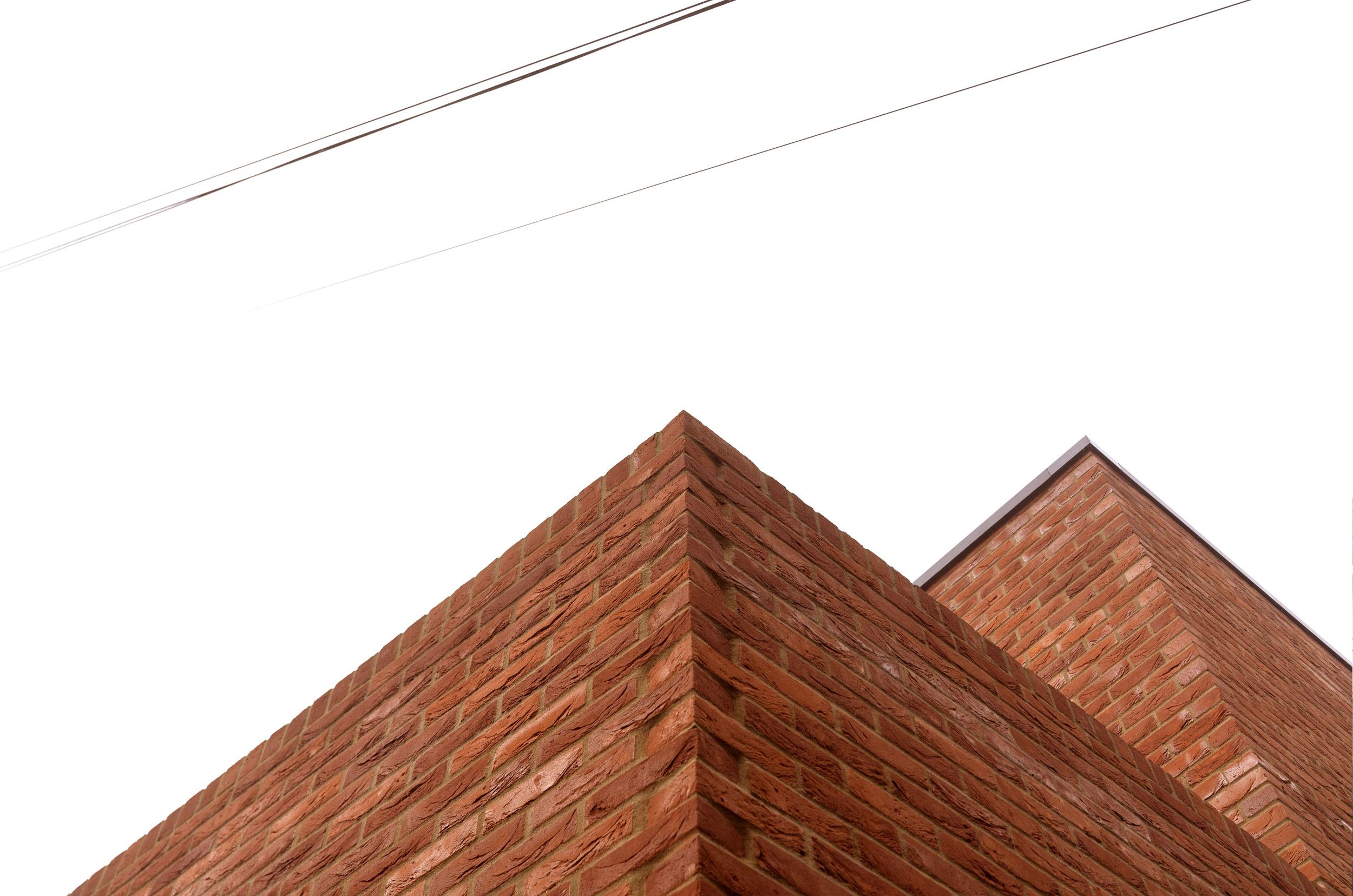 Hudson-Rose-Valley-Fiona-Burrage-exterior-Norwich-Photographer-Brick.jpg