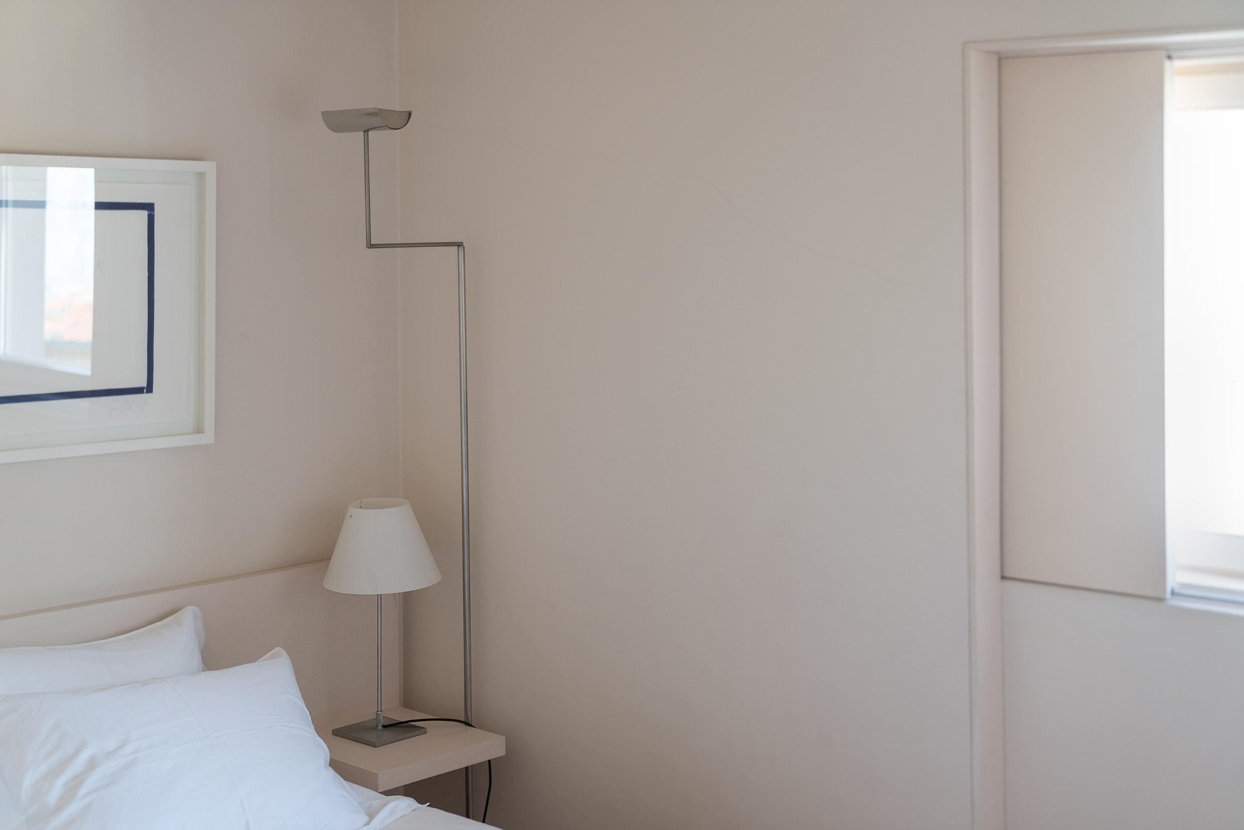 Fiona-Burrage-casa-1015-porto-norwich-photographer-minimal.jpg